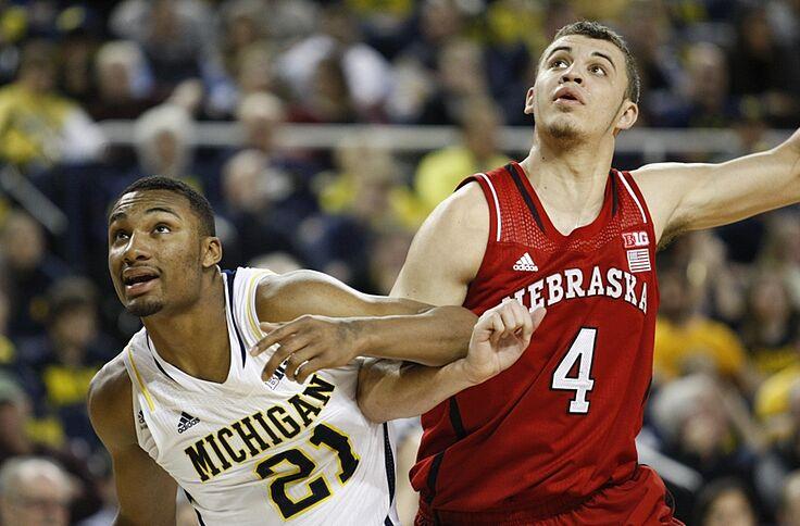 Michigan Basketball At Nebraska Time Tv Live Stream