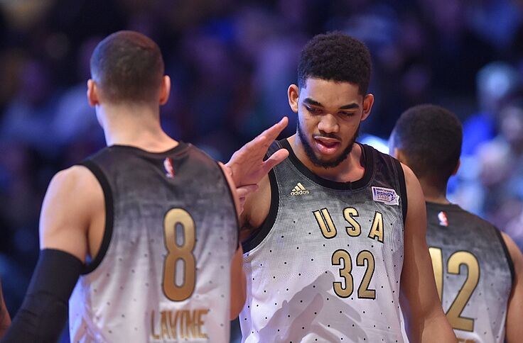 the best attitude 7e9e4 5be99 Timberwolves Notes: LaVine and Towns, Christmas game?