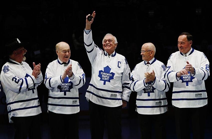 Toronto maple leafs legend dave keon comes home feb 8 2014 toronto ontario can former toronto maple leafs captain m4hsunfo