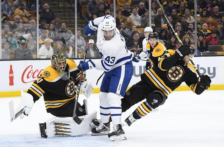 ecc7ba05f11 BOSTON, MA - NOVEMBER 10: Nazem Kadri #43 of the Toronto Maple Leafs