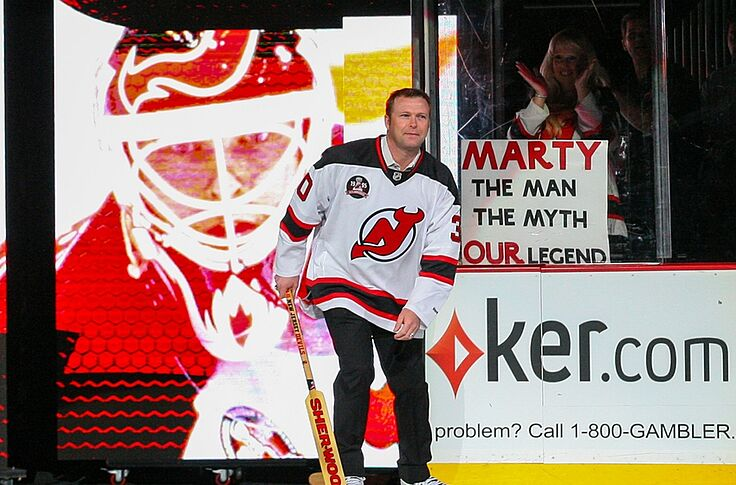 quality design a0de7 955bd New Jersey Devils: Reaction to Martin Brodeur's statue
