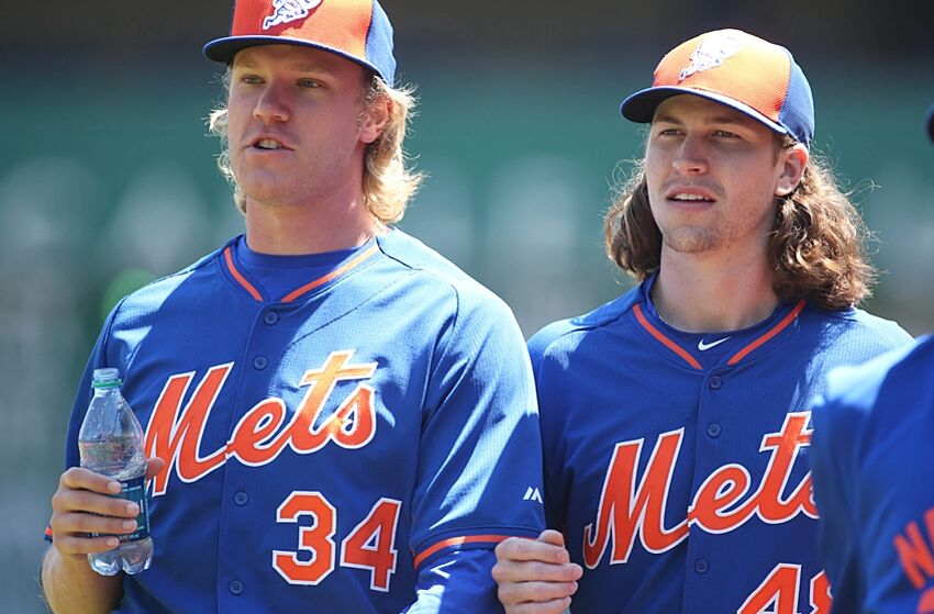 f0e7d05884fd6 New York Mets  Pitchers Sign Deal With Axe