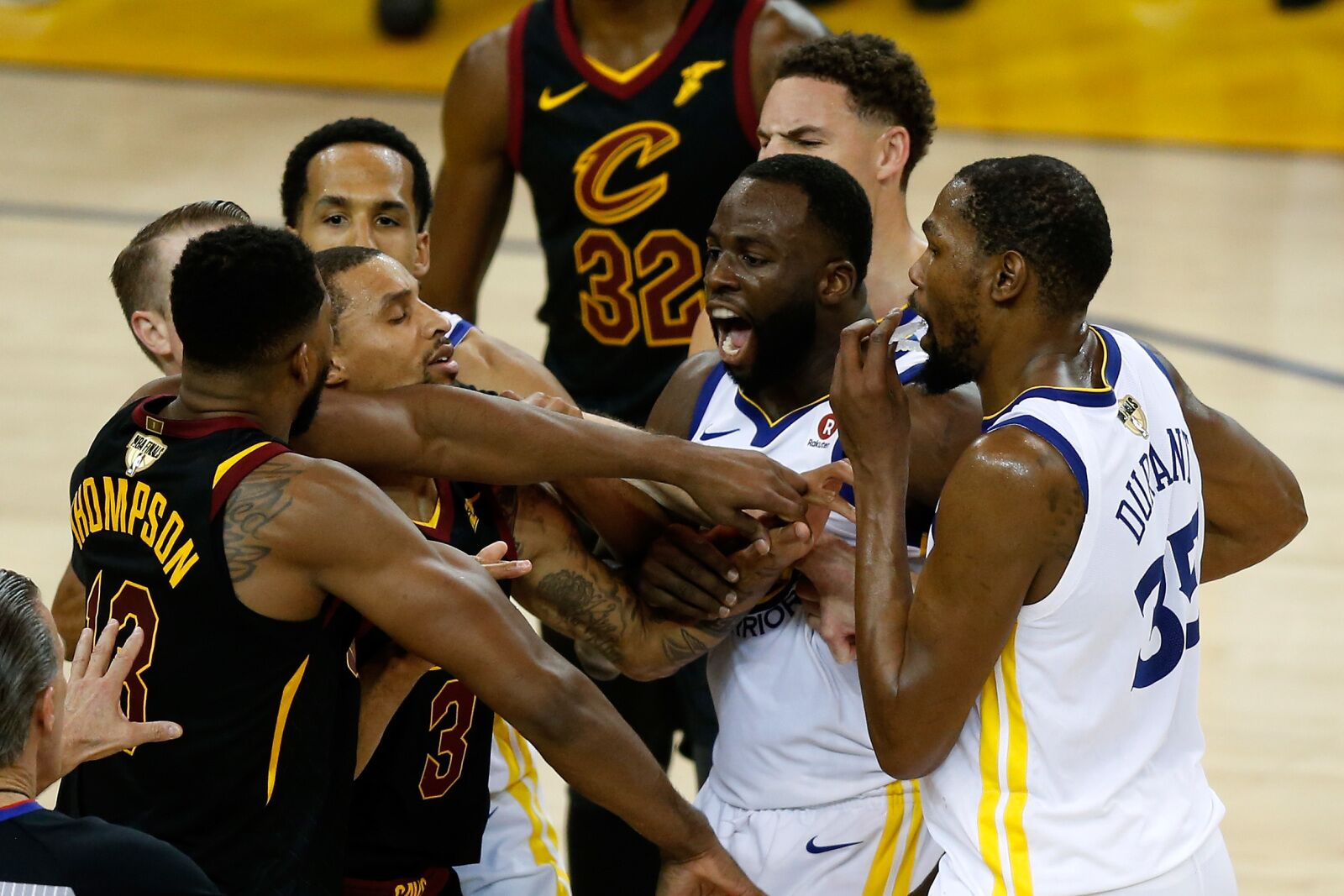 2018 NBA Finals: Scandalous officiating cost Cavs in Game 1