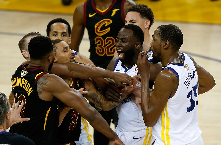 2018 NBA Finals  Scandalous officiating cost Cavs in Game 1 4ff200815