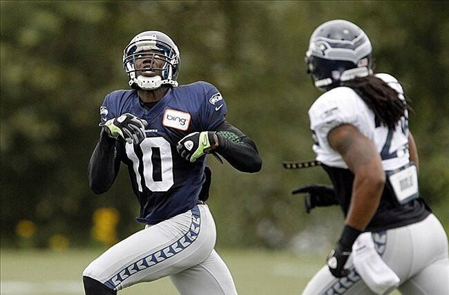 lowest price 26aeb f6a8e Seahawks Violated CBA Rule with Terrell Owens