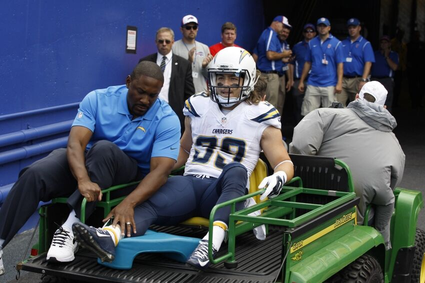 Chargers Rb Danny Woodhead Carted Off The Field With Ankle