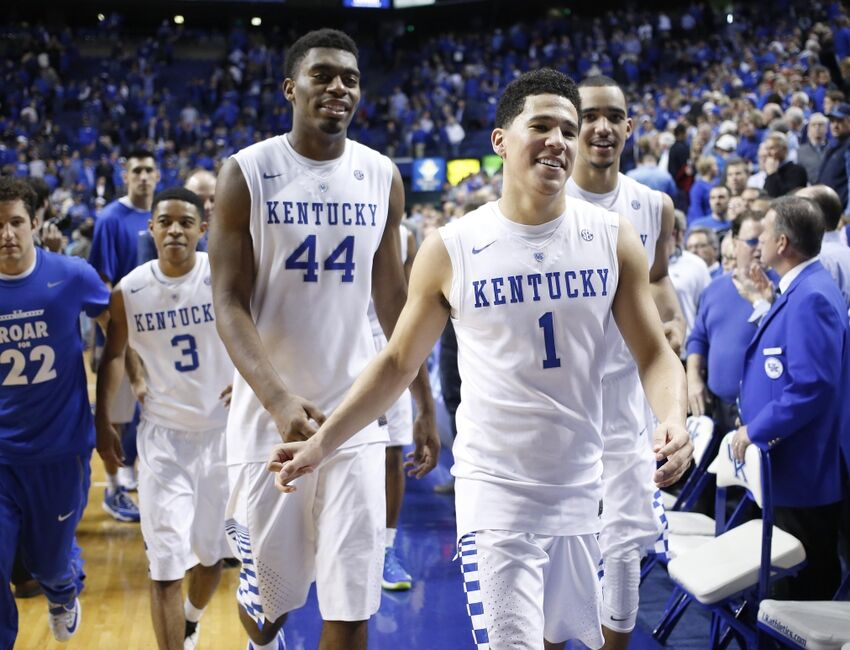 College Basketball: Can Anyone Beat The Kentucky Wildcats?
