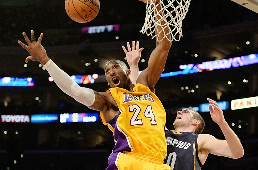 Kobe Bryant Is Happy With The Los Angeles Lakers Roster