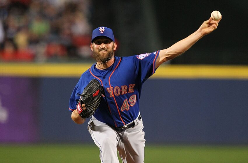 f3286900 Apr 10, 2015; Atlanta, GA, USA; New York Mets starting pitcher