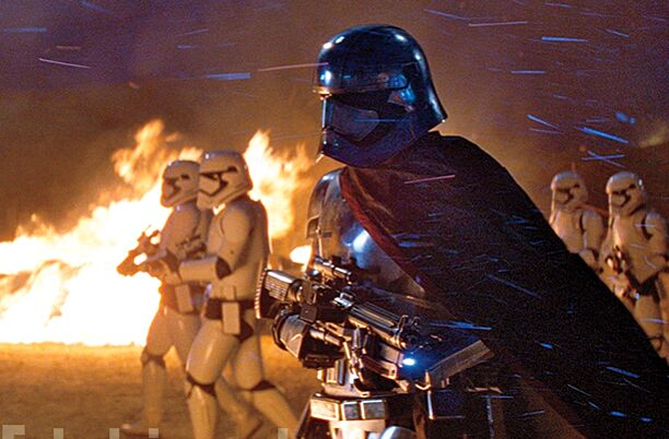 Star Wars Episode Viiwho Is Captain Phasma