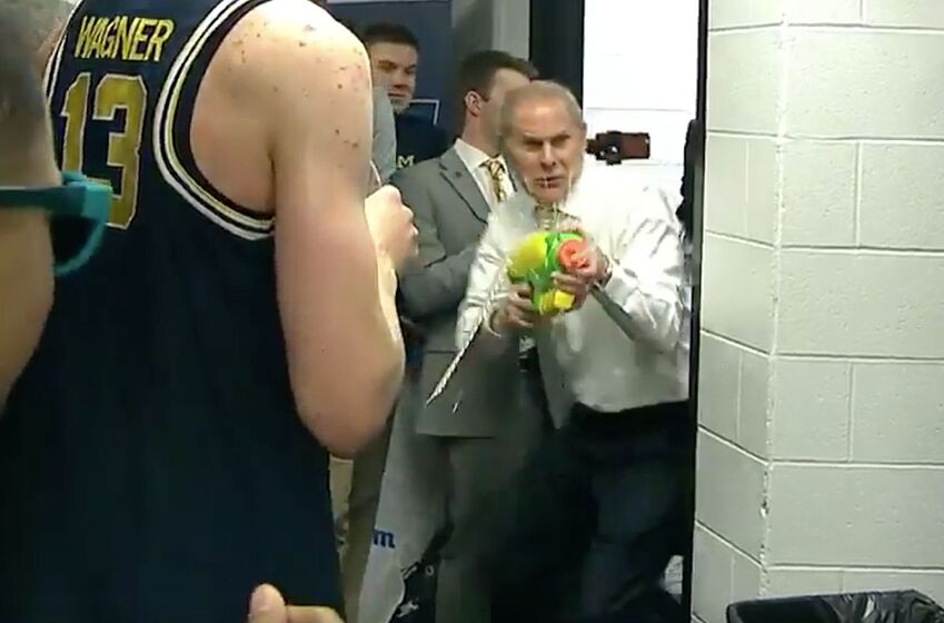 John Beilein Celebrates Michigans Upset Win With Super Soaker In - This is the worlds biggest super soaker and it shatters windows