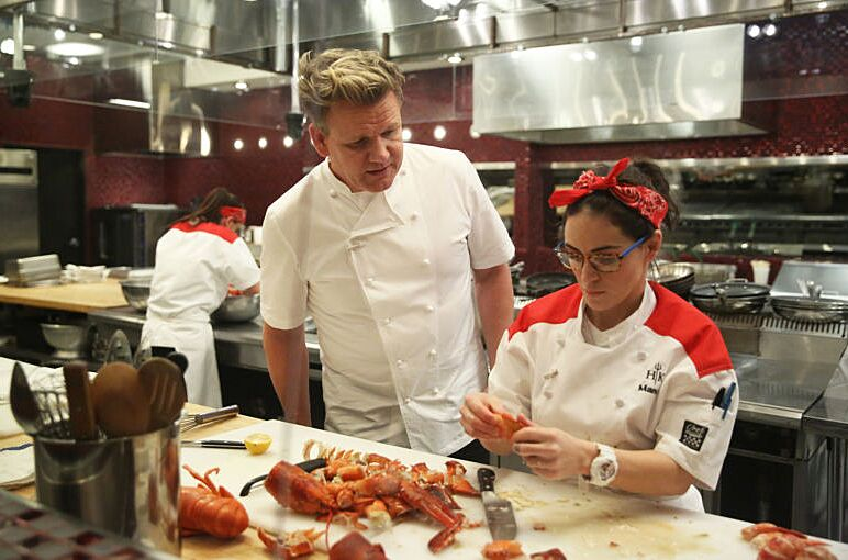 watch hells kitchen season 17 episode 3 online - Hells Kitchen Season 17