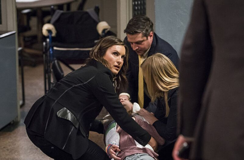 watch law and order svu season 19 episode 10 online live stream