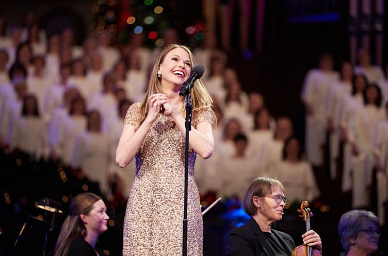 sutton foster performs with the mormon tabernacle choir photo credit courtesy of mormon newsroom