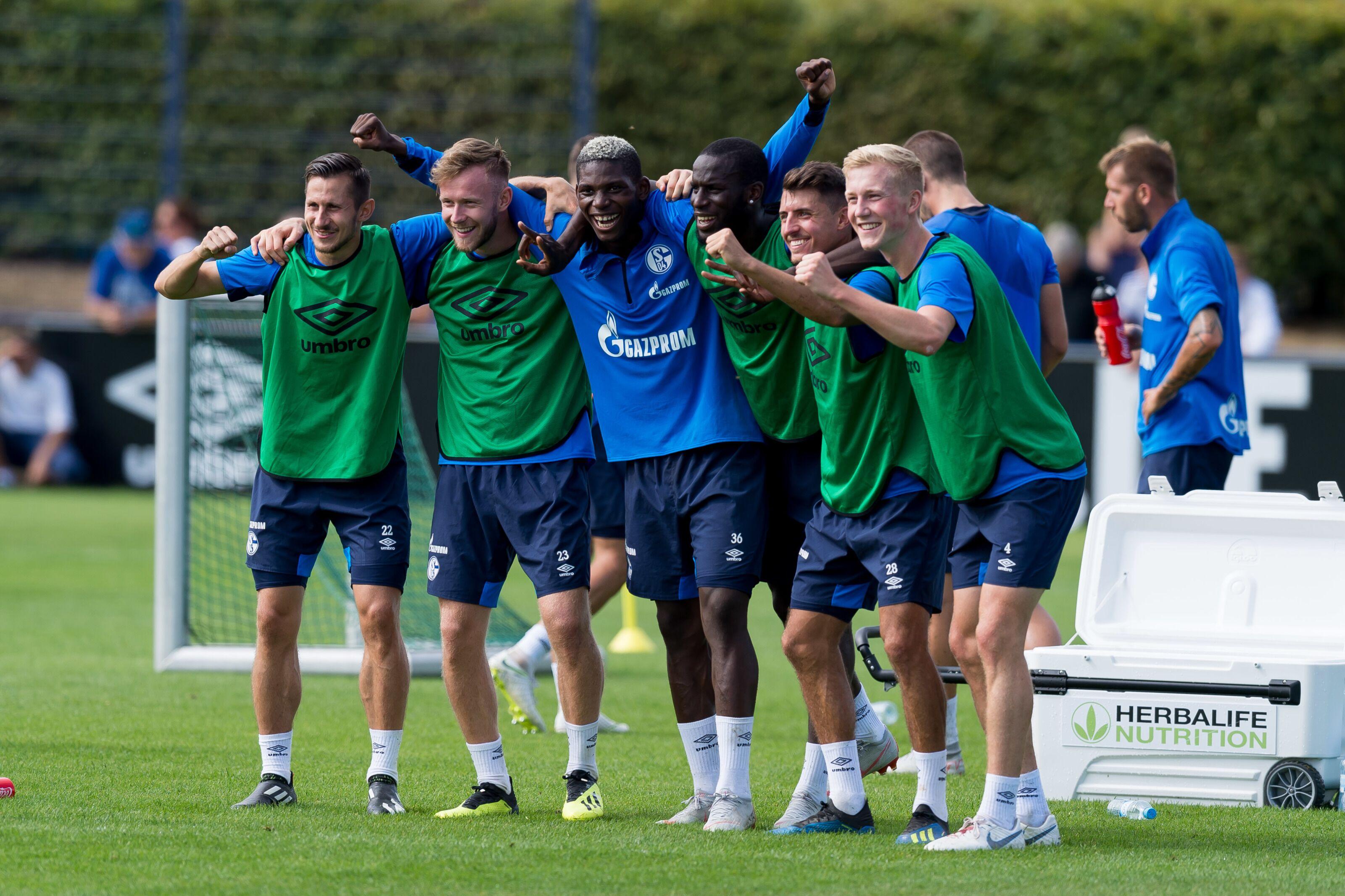 Gelsenkirchen Germany August 21 Steven Skrzybski Of Schalke Cedric Teuchert Of Schalke