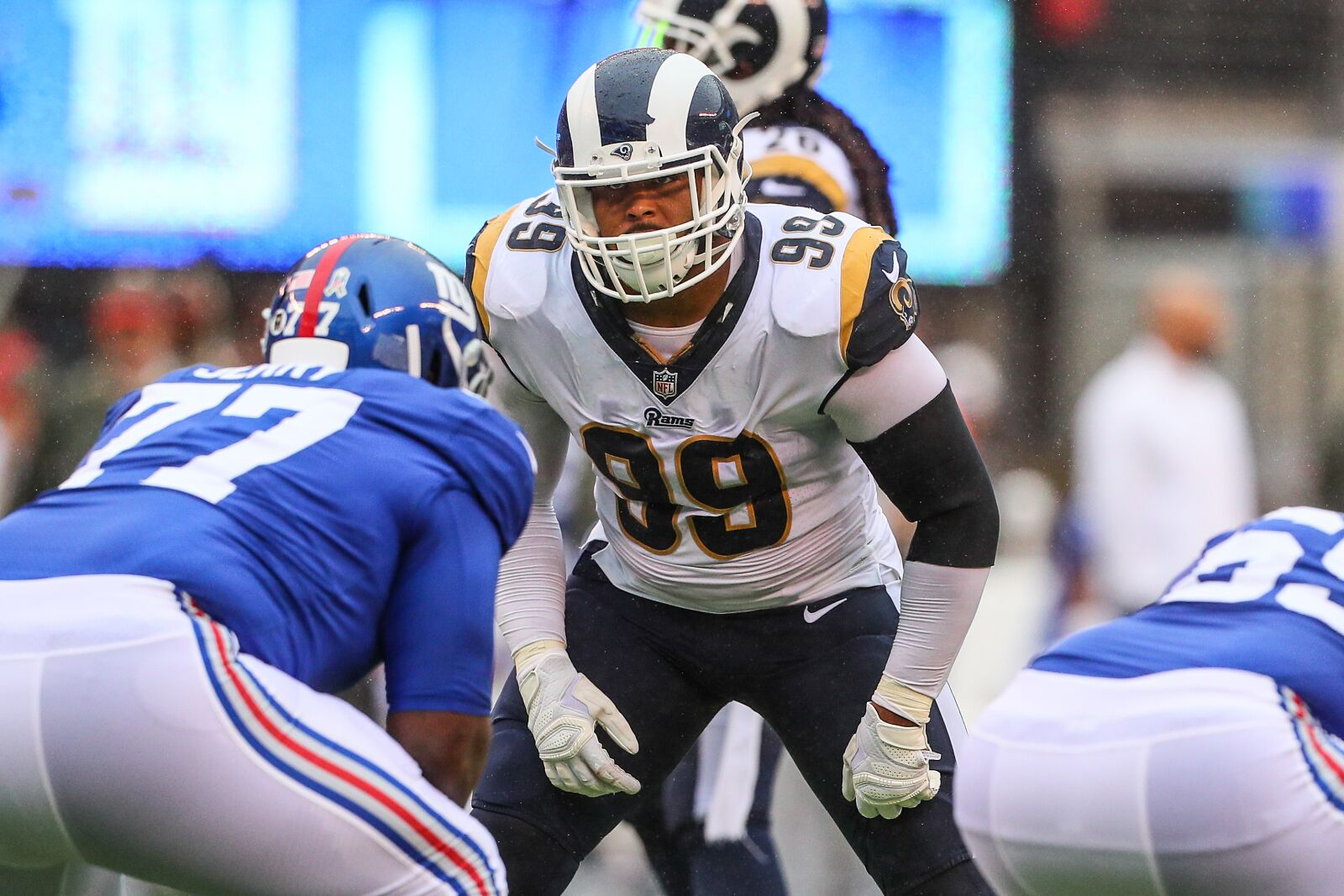 EAST RUTHERFORD, NJ - NOVEMBER 05: Los Angeles Rams defensive end Aaron Donald (99) during the National Football League game between the New York Giants and the Los Angeles Rams on November 5, 2017, at Met Life Stadium in East Rutherford, NJ. (Photo by Rich Graessle/Icon Sportswire via Getty Images)