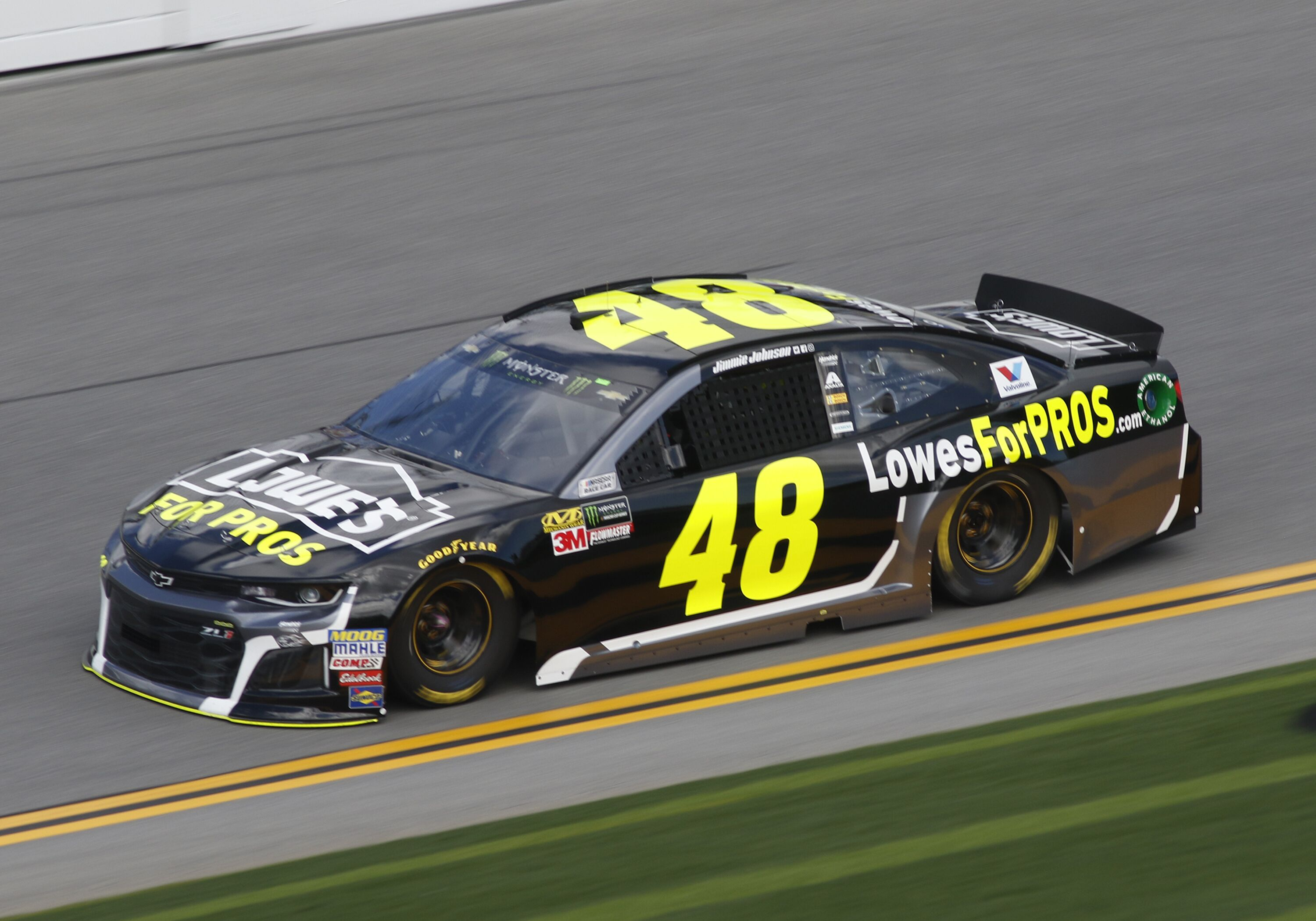 Jimmie Johnson Chevy >> Nascar Lowe S Leaving Jimmie Johnson Hendrick Motorsports After 18