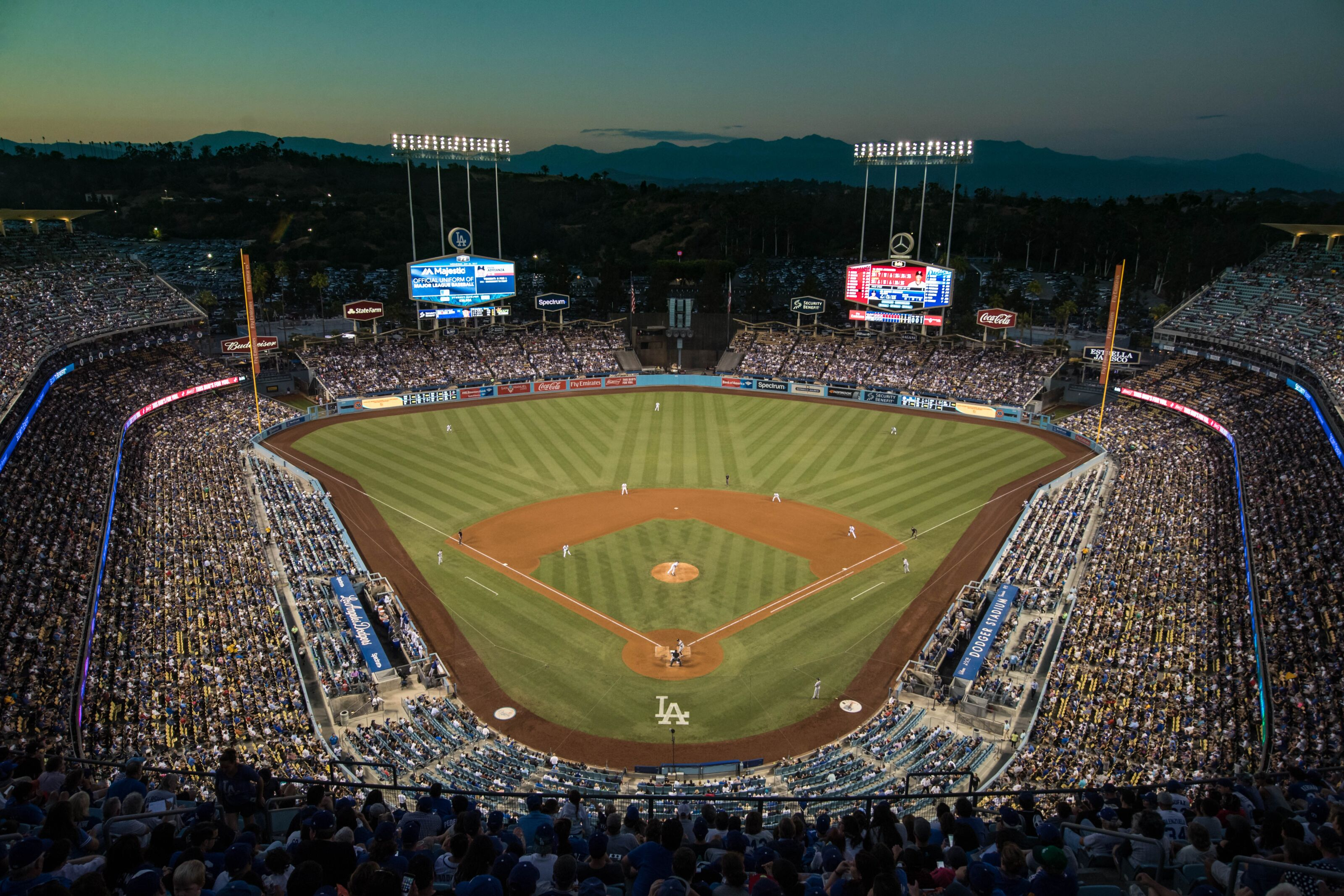 LOS ANGELES, CA - JULY 26: A general view of Dodger Stadium during a game between the Los Angeles Dodgers and Minnesota Twins on July 26, 2017 at Dodger Stadium in Los Angeles, California The Dodgers defeated the Twins 6-5. (Photo by Brace Hemmelgarn/Minnesota Twins/Getty Images) *** Local Caption ***