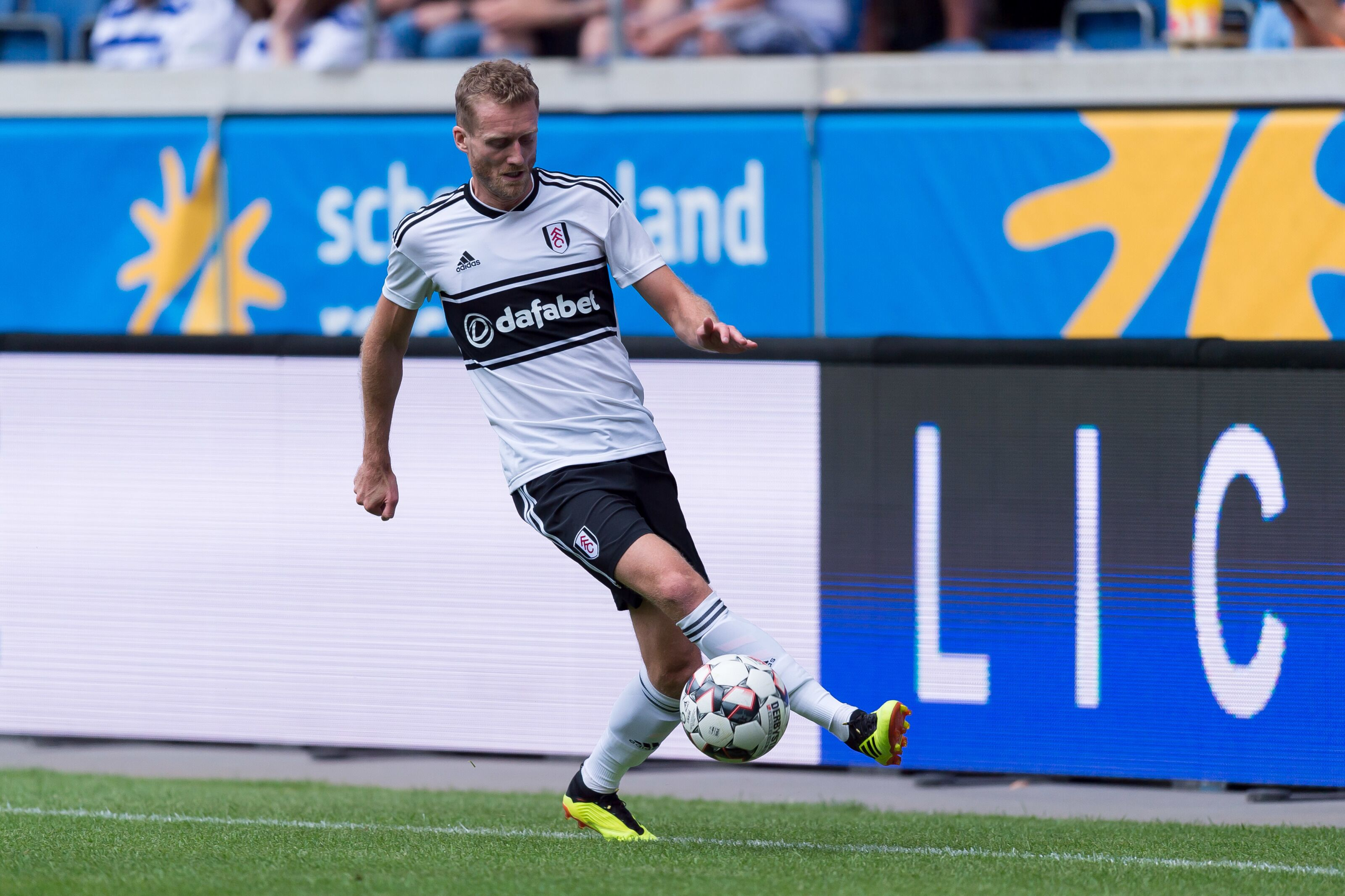 DUISBURG, GERMANY - JULY 28: Andre Schuerrle of AC Florenz controls the ball during the Cup der Traditionen match between FC Fulham and AC Florenz on July 28, 2018 in Duisburg, Germany. (Photo by TF-Images/Getty Images)