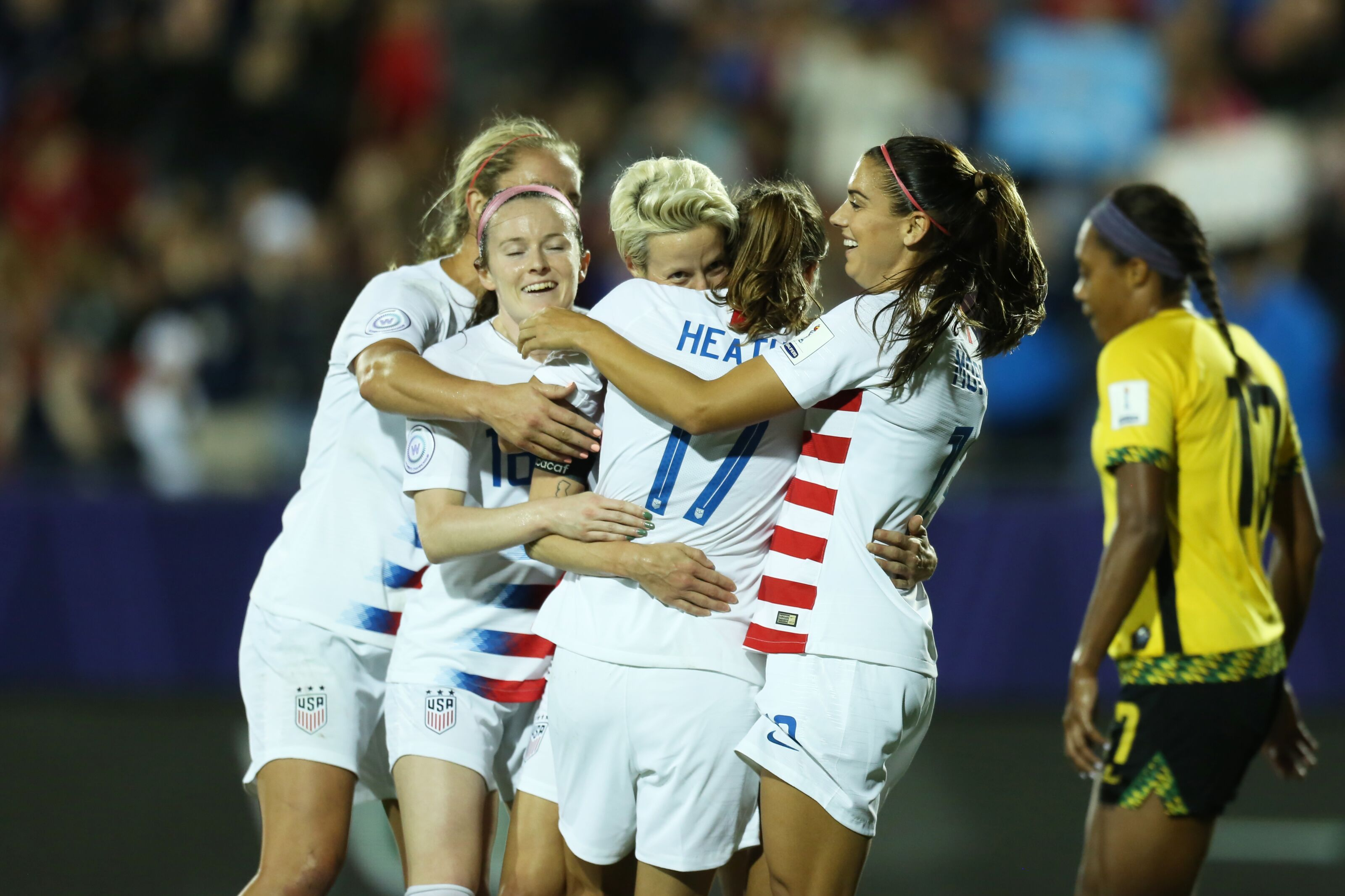 Uswnt Clinch Spot In 2019 World Cup With Win Over Jamaica 3 Takeaways