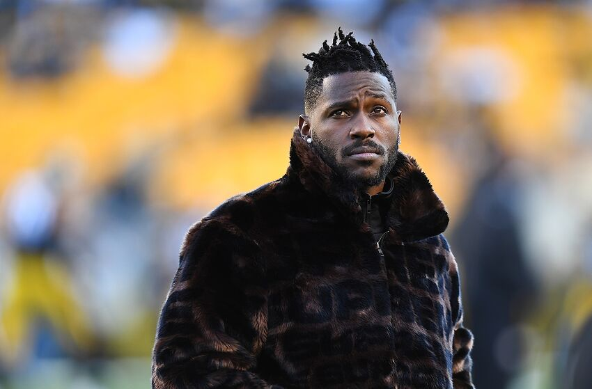 a8e40ef3c7d Antonio Brown to the Bills has Twitter going crazy