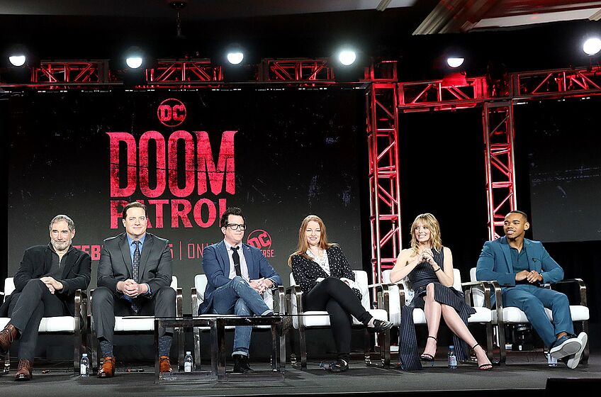 PASADENA, CALIFORNIA - FEBRUARY 09: (L-R) Diane Guerrero, Alan Tudyk, Timothy Dalton, Brendan Fraser, Jeremy Carver, Sarah Schechter, April Bowlby, and Joivan Wade of the television show