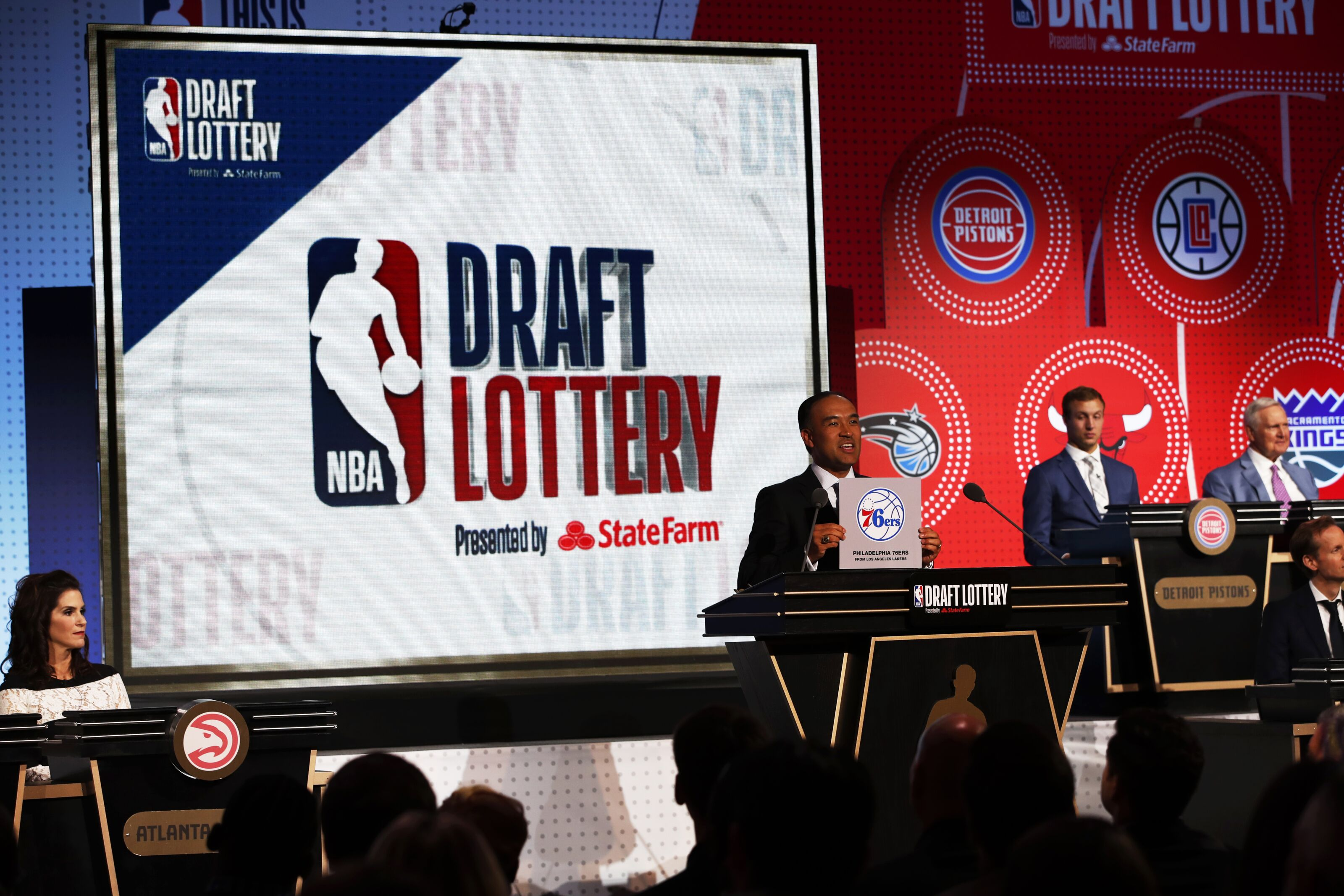 CHICAGO - MAY 15: NBA Deputy Commissioner, Mark Tatum awards the Philadelphia 76ers the number ten pick in the 2018 NBA Draft during the 2018 NBA Draft Lottery at the Palmer House Hotel on May 15, 2018 in Chicago Illinois. NOTE TO USER: User expressly acknowledges and agrees that, by downloading and/or using this photograph, user is consenting to the terms and conditions of the Getty Images License Agreement. Mandatory Copyright Notice: Copyright 2018 NBAE (Photo by Jeff Haynes/NBAE via Getty Images)