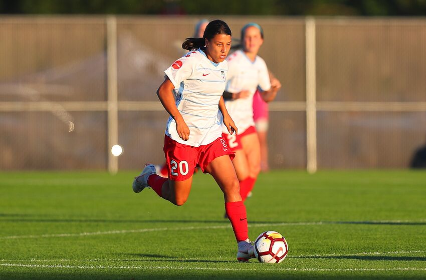 PISCATAWAY, NJ - JULY 07: Chicago Red Stars forward Sam Kerr (20) controls the ball during the first half of the National Womens Soccer League game between the Chicago Red Stars and Sky Blue FC on July 7, 2018 at Yurcak Field in Piscataway, NJ. (Photo by Rich Graessle/Icon Sportswire via Getty Images)