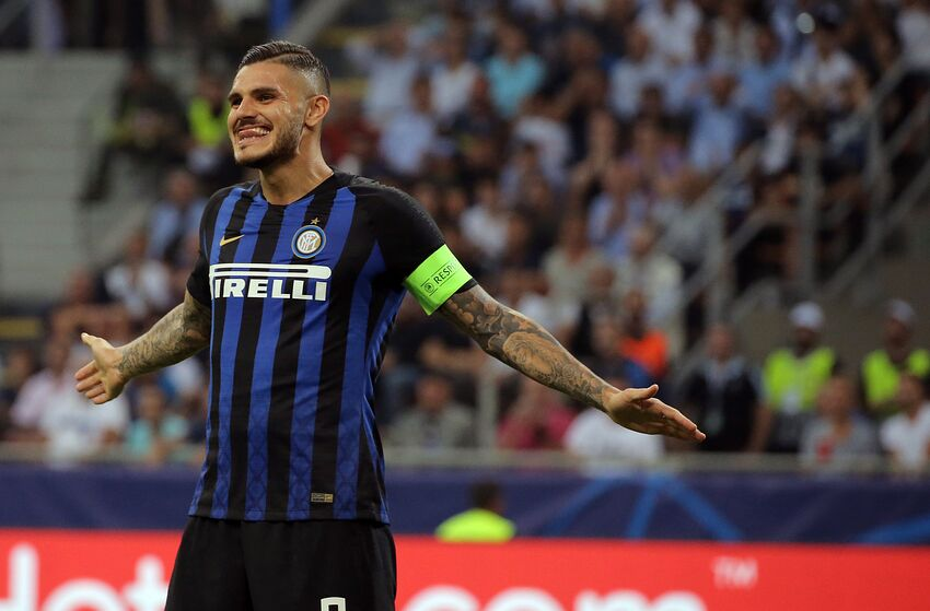 Mauro Icardi #9 of FC Internazionale Milano reacts to a missed chance during the UEFA Champions League group B match between FC Internazionale and Tottenham Hotspur at Stadio Giuseppe Meazza on September 18, 2018 in Milan, Italy. (Photo by Giuseppe Cottini/NurPhoto via Getty Images)