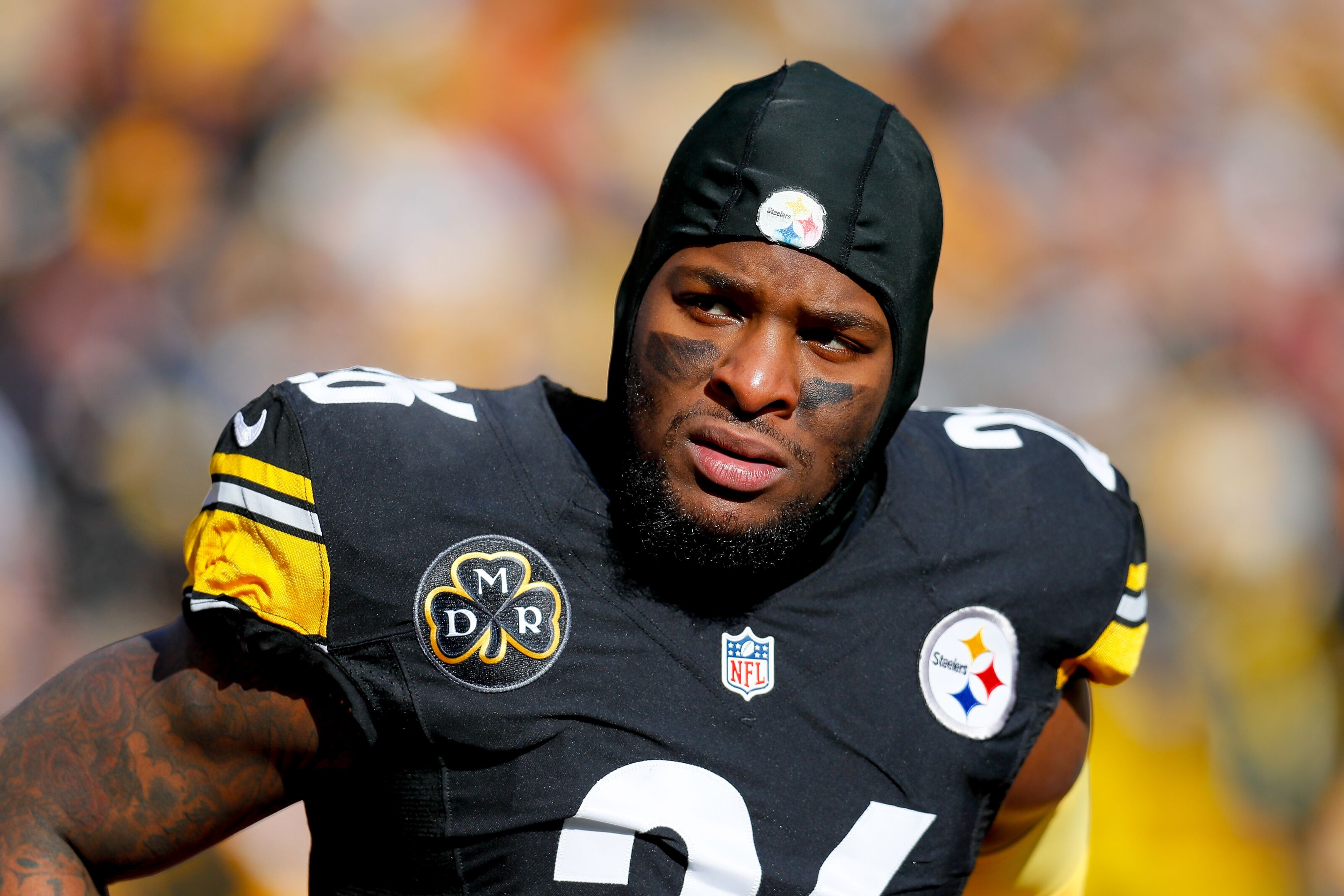 Pittsburgh Pa January  Leveon Bell  Of The Pittsburgh