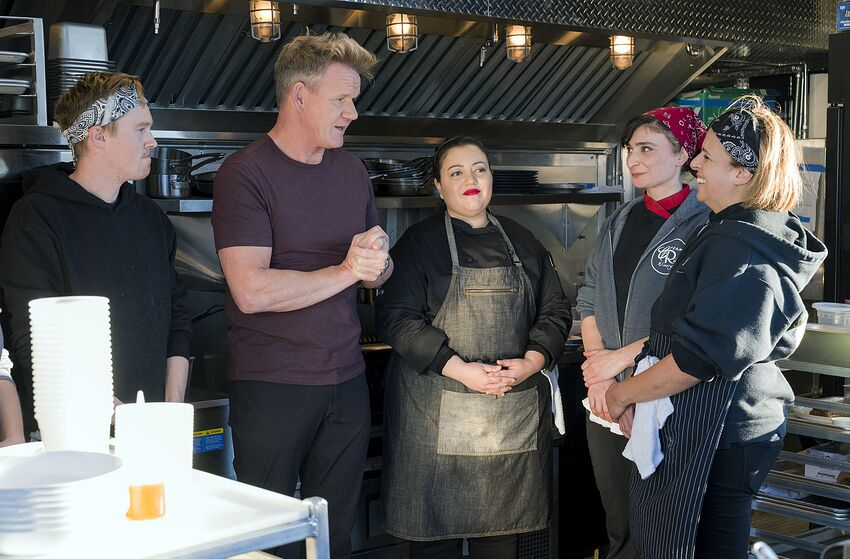 GORDON RAMSAY'S 24 HOURS TO HELL AND BACK: Gordon Ramsay (Center) with the restaurant owners and staff in the