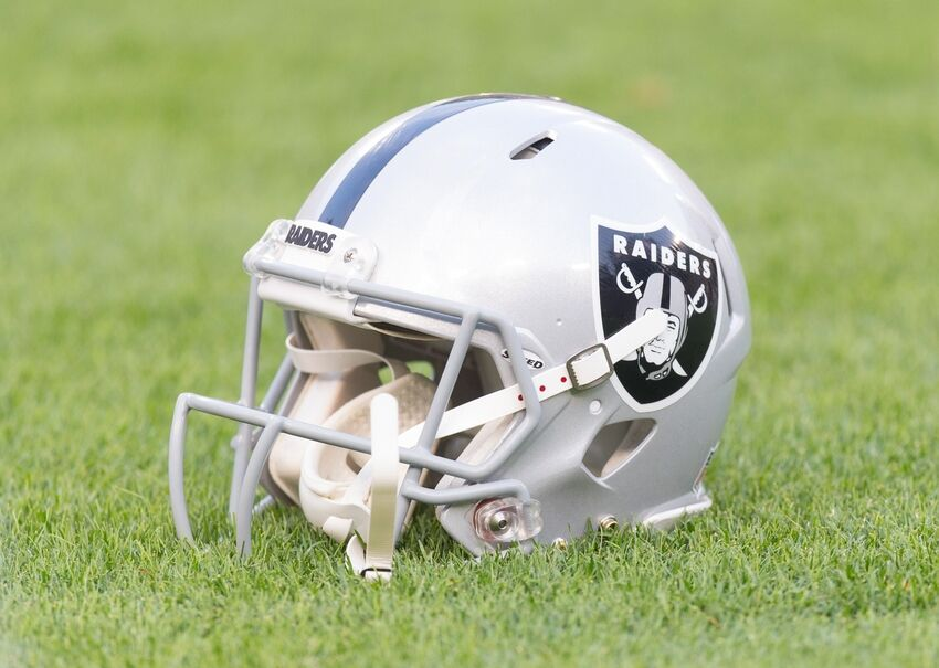 Ken Stabler s Passing Leaves The Raider Nation In Mourning