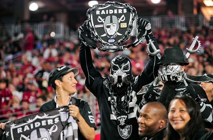 pretty nice ebcfd 53219 Oakland Raiders: Are True Fandom And Loyalty A Thing Of The ...