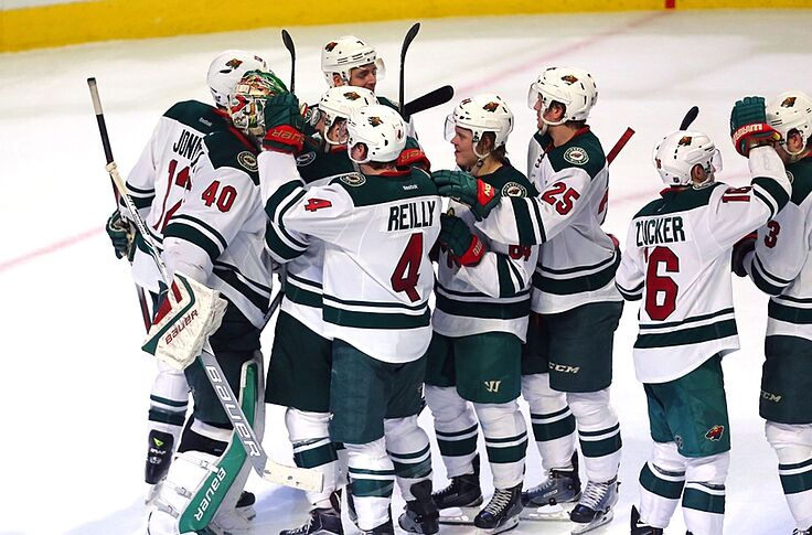 reputable site b5c49 030dd Minnesota Wild: Take a Lesson from The North Stars