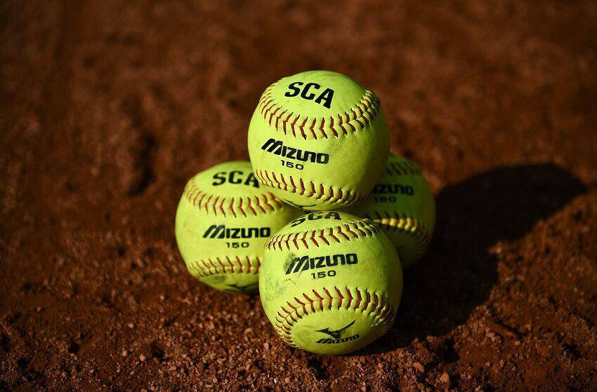 florida gators vs auburn softball score