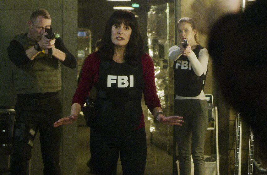 criminal minds season 6 episode 22 ending