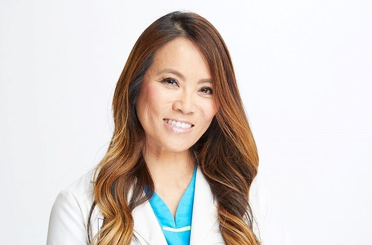 Watch Dr Pimple Popper Season 4 Episode 5 Dr Lee Nose