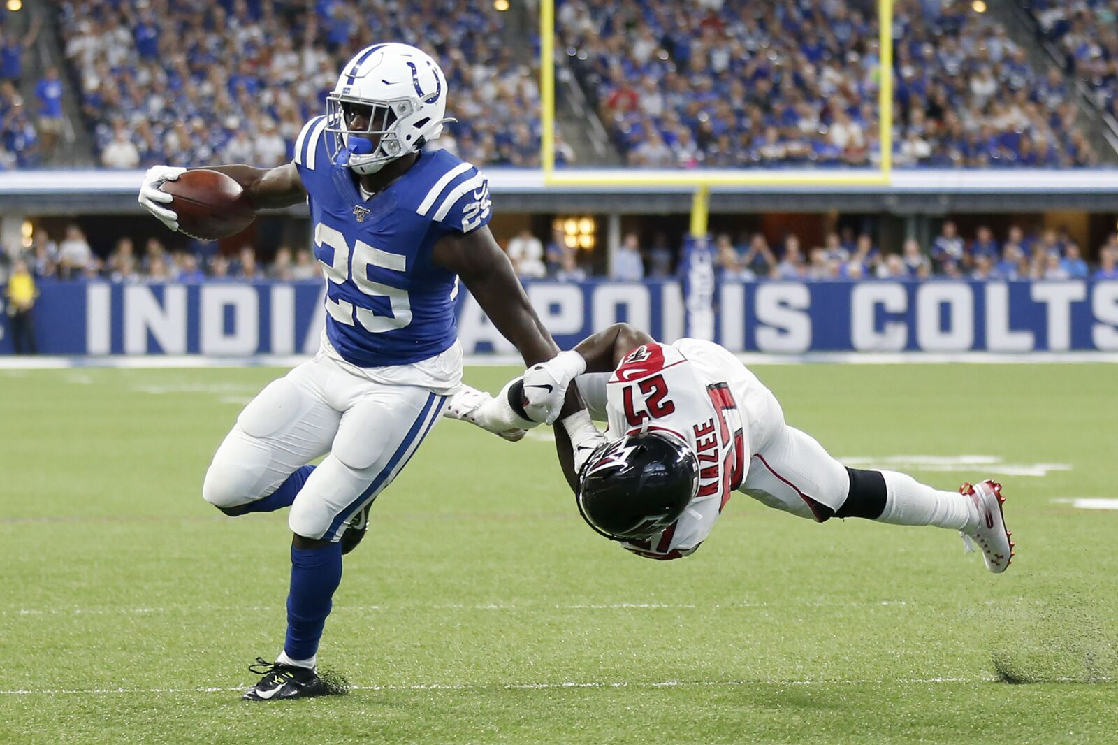 AFC South Roundup: Colts still tied for first