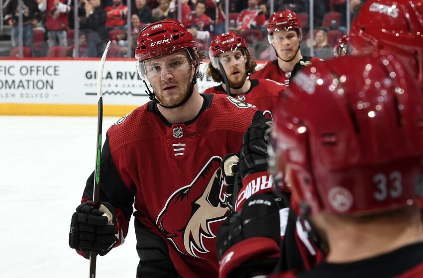 05b090b8c How should the Arizona Coyotes approach the rest of the season