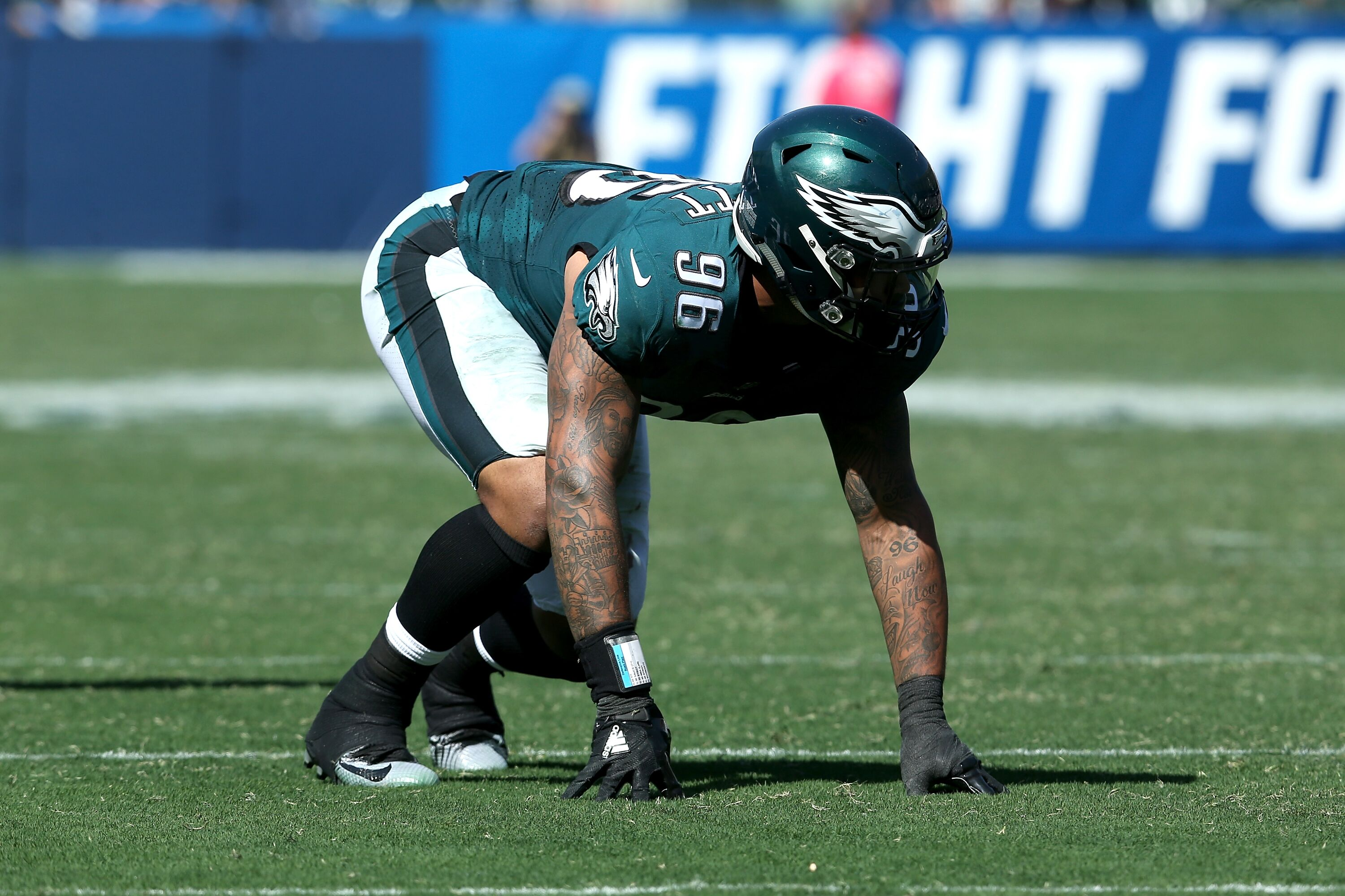 Eagles defensive end Derek Barnett loses his brother in a traffic accident