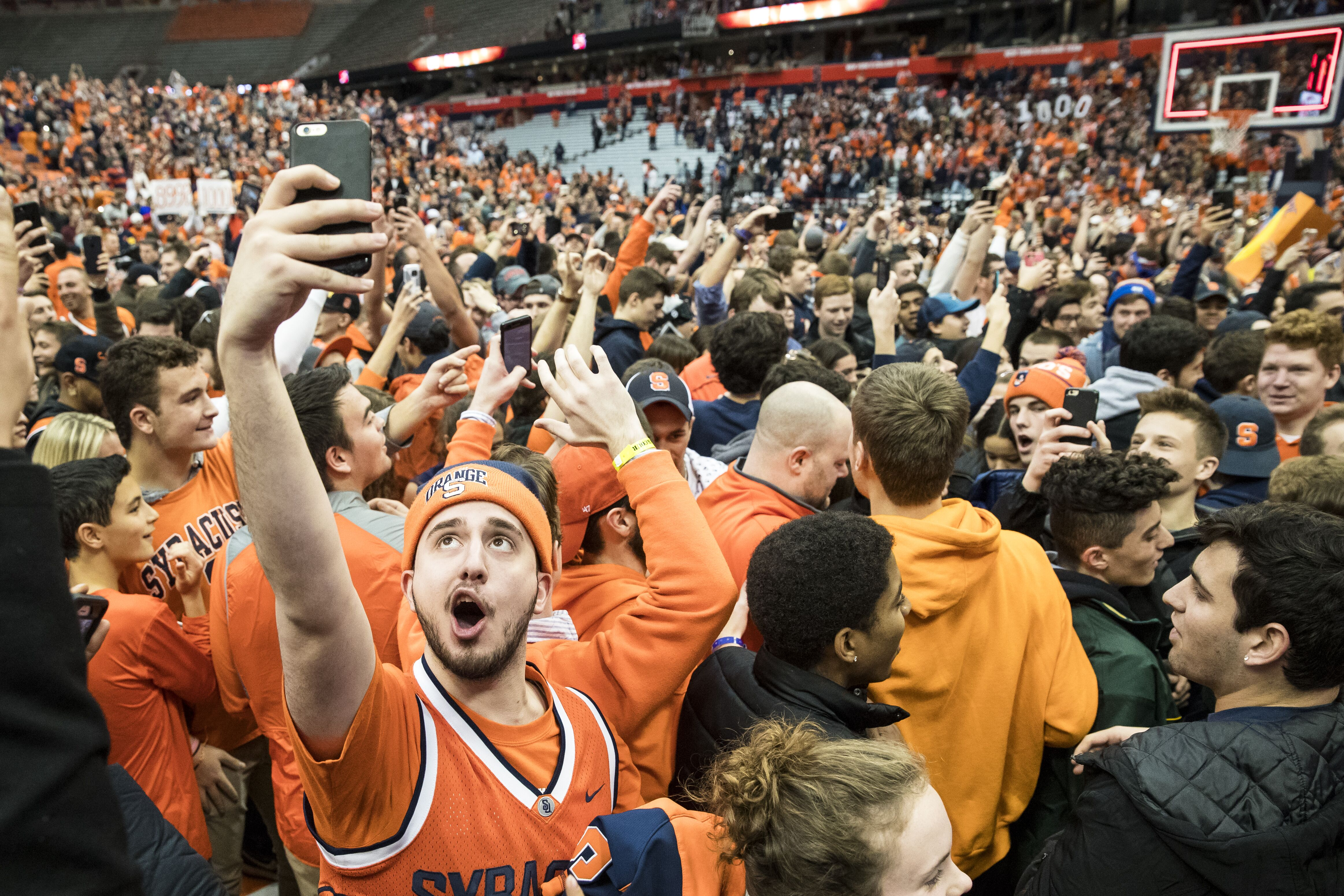 Syracuse Basketball Recruiting Juicy News On Nate Roberts And Others