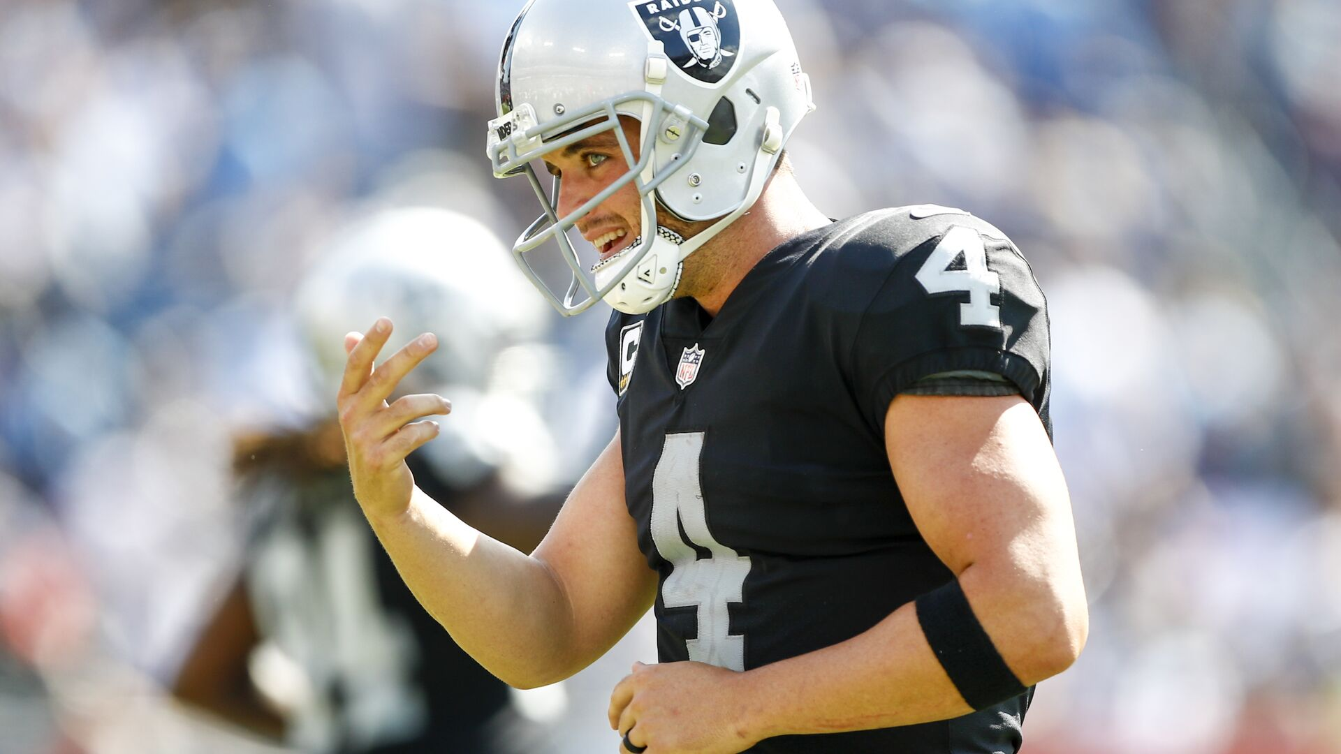Tennessee Titans at Oakland Raiders: How to watch Week 14 online