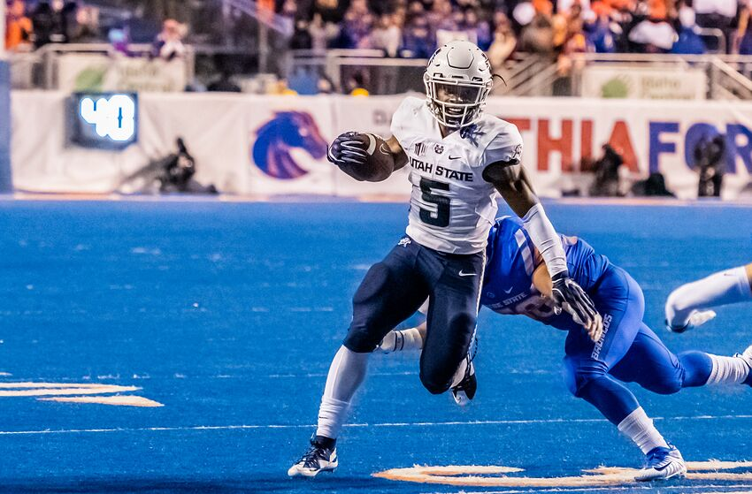 Utah State Aggies running back Darwin Thompson (5) (Photo by Douglas Stringer/Icon Sportswire via Getty Images)