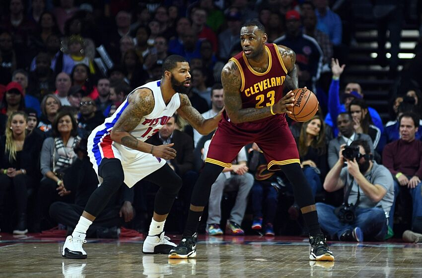 fb886fa96 LeBron James Should Be The Cleveland Cavaliers Starting Power Forward