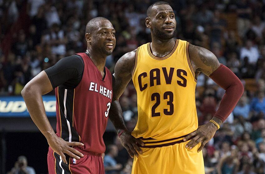 6e3b17eaf0e Cavaliers  Struggles in Miami Concerns LeBron