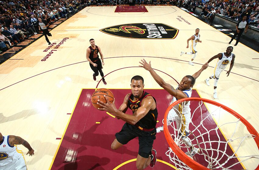 Cleveland Cavaliers  Rodney Hood signs qualifying offer to stay with ... 8f73ef84f