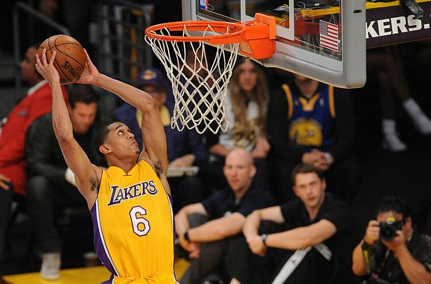 buy online f7328 7aeff Lakers  Breaking Down Jordan Clarkson s Offensive Strengths (Video)