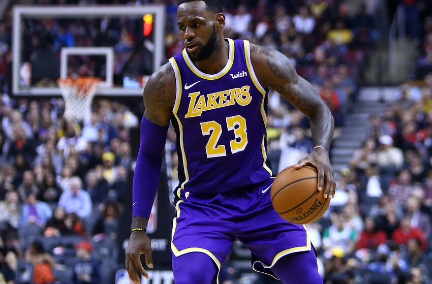 dfb601e63fb Los Angeles Lakers announce LeBron James out vs. Milwaukee Bucks