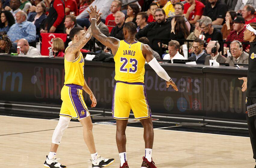 詹皇公開呼喚球哥快歸來:他是湖人特別重要的一員-Haters-黑特籃球NBA新聞影音圖片分享社區