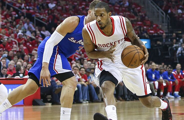 f9ee6e458 Trevor Ariza Takes Care Of His Hometown
